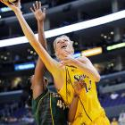 Dydek, the No. 1 overall pick in the 1998 WNBA draft, died at age 37 after suffering a heart attack. The 7-foot-2 Dydek led the WNBA in blocks nine times -- from 1998 to 2003 and again from 2005-07 -- and retired in 2008 as the WNBA's all-time leader in blocked shots.
