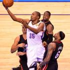 Kevin Durant matched LeBron James' 32 points but had to sit early with foul trouble.