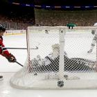 On the power play in the first period period, Zach Parise of the Devils took advantage of a misplay by Kings goalie Jonathan Quick and buried the puck in the open side of the net for his first goal of the series.