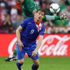 Despite tremendous anticipation for the first major international game in ten years, Ireland's normally sturdy defense struggled early in a 3-1 loss to Croatia. Though the Irish were able to tie the game shortly after surrendering a third-minute goal, Croatia midfielder and Everton star Nikica Jelavic finished a chance right before halftime and seemingly killed Ireland's confidence.
