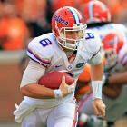 Tennessee carried a 14-10 lead into halftime, but Florida pulled away in the second half to emerge with a pivotal SEC victory. Quarterback Jeff Driskel (pictured) led the way for the Gators, accumulating 300 all-purpose yards and two touchdowns, and a variety of playmakers rose to the occasion. Trey Burton and Frankie Hammond each scored touchdowns of 75 yards or longer in the win.