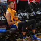 Curry shoots at Warriors practice, not ruled out for Game 2