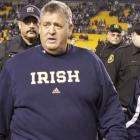 Charlie Weis rakes in $2.05M from Notre Dame in 2014