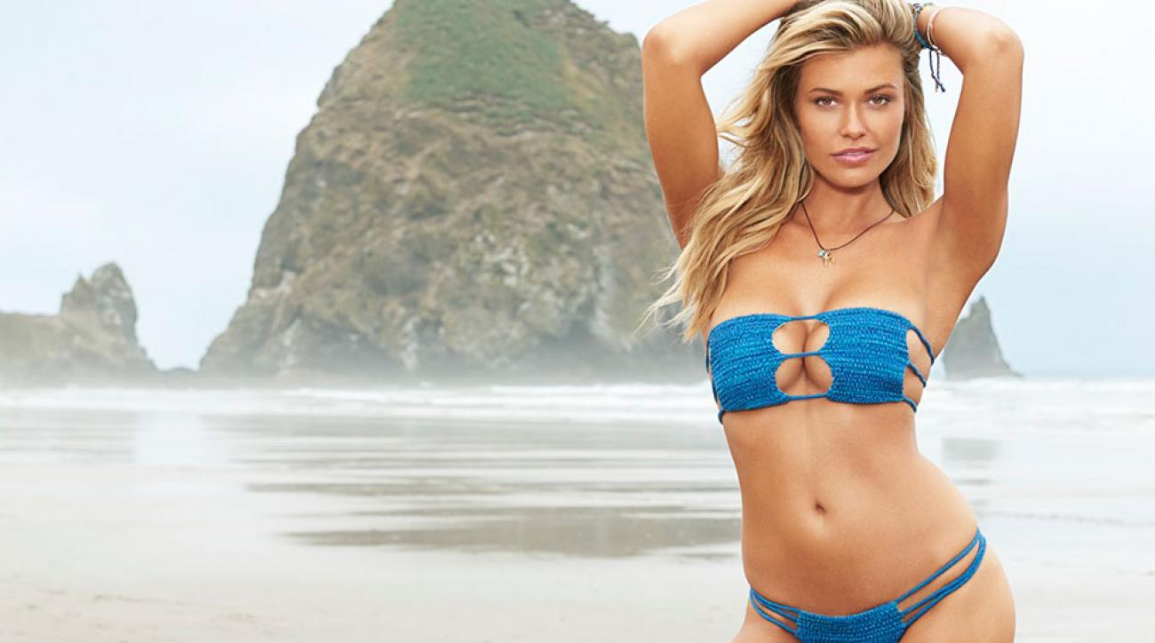 Samantha Hoopes, SI Swimsuit 2015