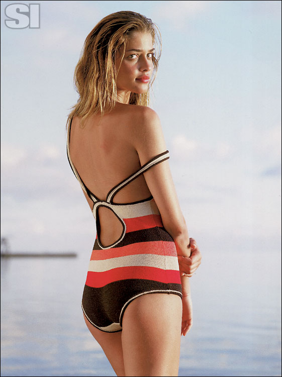 Si Com 2006 Sports Illustrated Swimsuit Photo Gallery