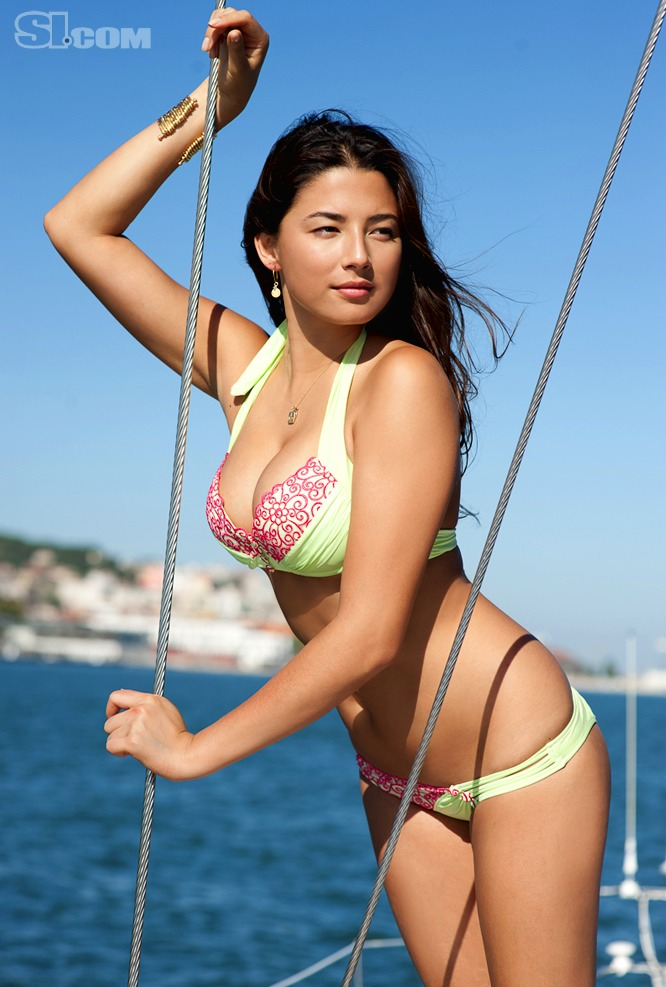 Si Swimsuit Body Paint Pics