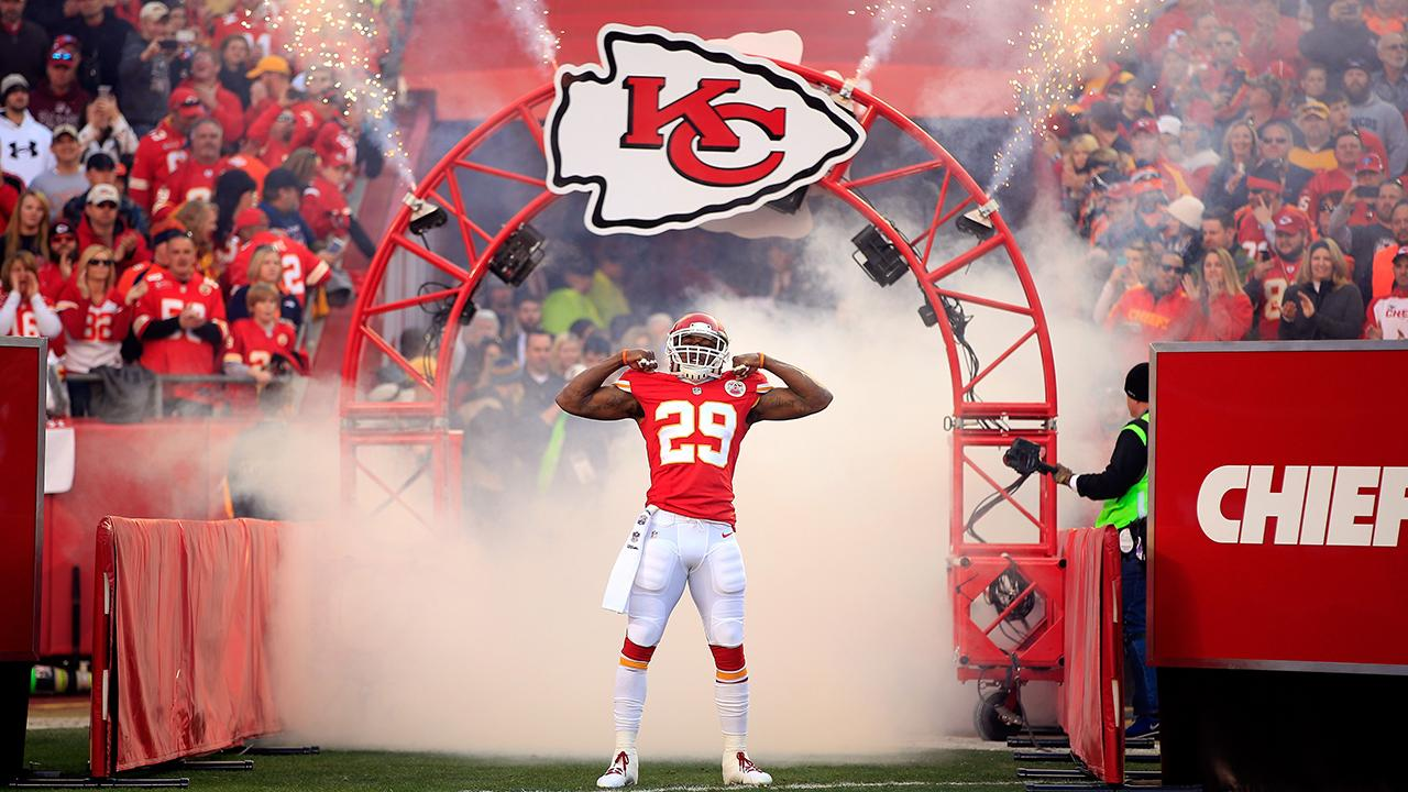 Chiefs S Eric Berry signs franchise tender