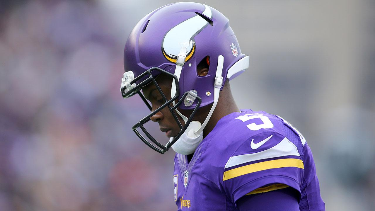 Teddy Bridgewater suffers injury during Vikings practice