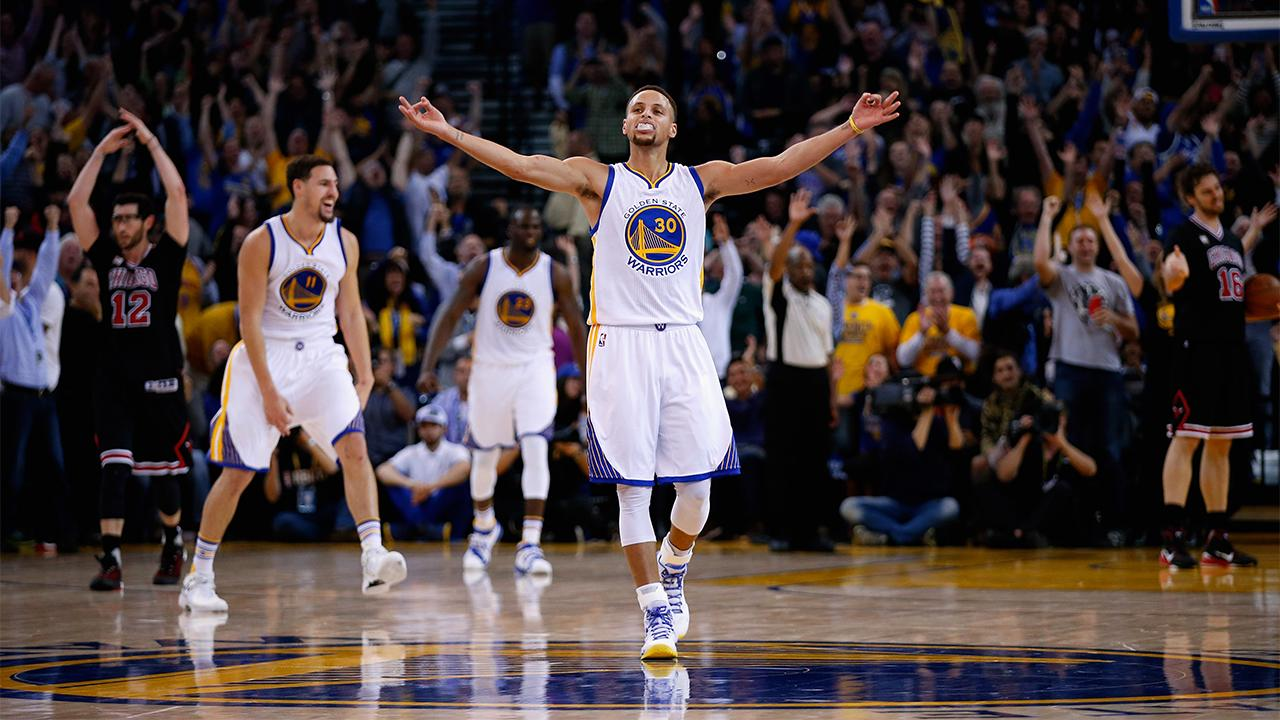 Stephen Curry shoots down free agency speculation: 'I want to be back here' IMAGE