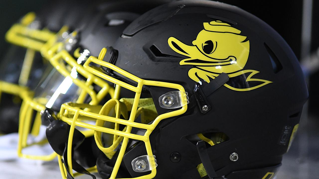 Multiple Oregon players hospitalized after grueling workouts