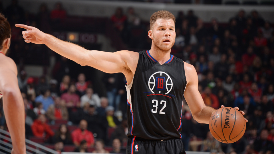 https://cdn-s3.si.com/s3fs-public/%5Bcurrent-date%3Acustom%3AY%5D/%5Bcurrent-date%3Acustom%3Am%5D/%5Bcurrent-date%3Acustom%3Ad%5D/blake-griffin-clippers-hand-injury.jpg