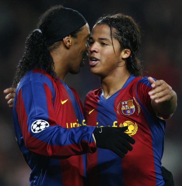 Giovani Dos Santos and Ronaldinho at Barcelona