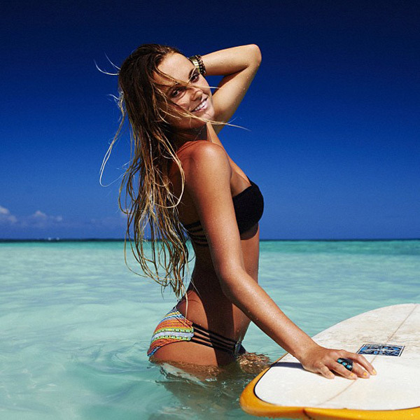 @alanarblanchard: Win my signature Tiki Goddess Bikini from @ripcurl_usa. Find out how here: http://www.ripcurl.com/alanas-closet-giveaway.html';