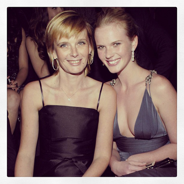 Anne V and mother :: @AnneV