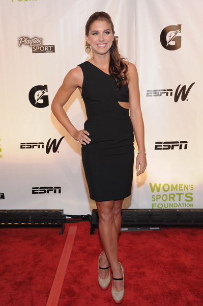 Alex Morgan :: Albert L. Ortega/Getty Images