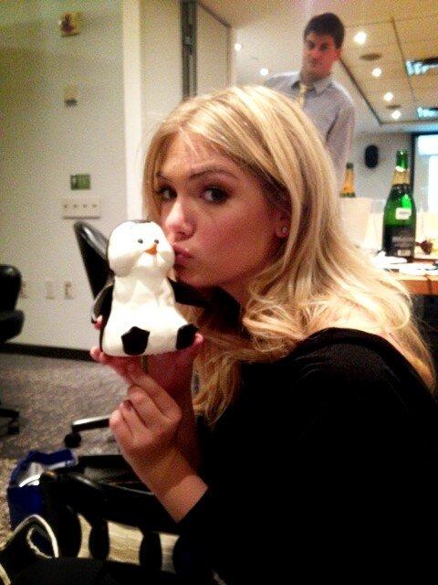 @KateUpton: Penguin love