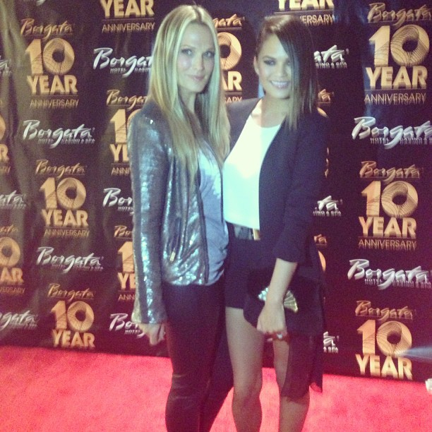 @chrissyteigen: Celebrating #borgataturns10 with @mollybsims! @borgataAC