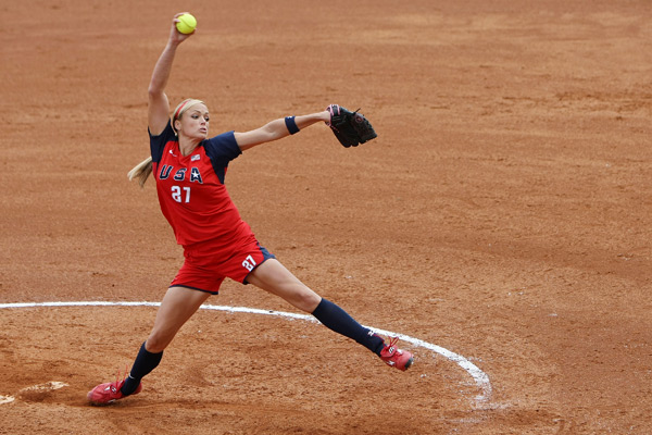 Jennie Finch :: Al Bello/Getty Images