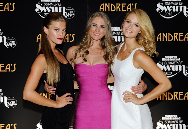 Nina Agdal, Julie Henderson and Kate Bock :: Getty Images