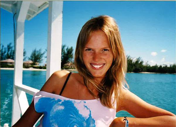 Anne V (Bahamas, 2005)