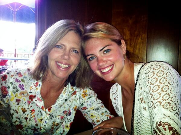 Kate spends quality time with her mom :: @KateUpton