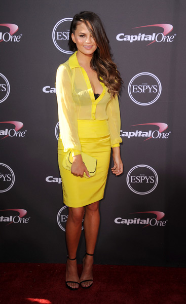 Chrissy Teigen arrives at the 2013 ESPY Awards :: Gregg DeGuire/WireImage