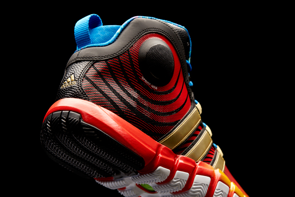 official photos 40c24 687c5 A reverse angle of the D Howard 4, the latest Adidas signature shoe for  Rockets