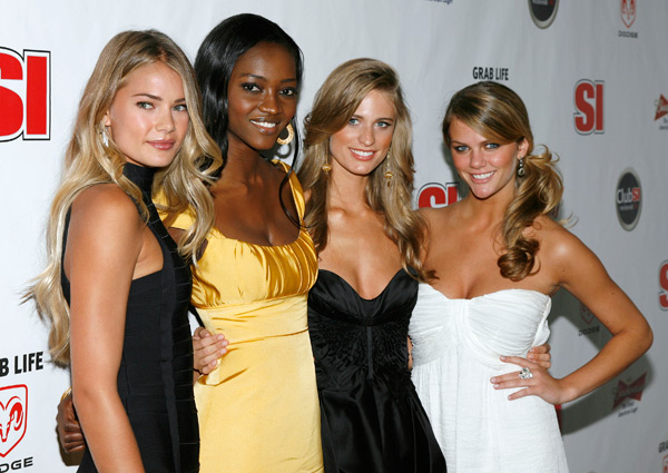 Tori Praver, Oluchi Onweagba, Julie Henderson, and Brooklyn Decker :: AP