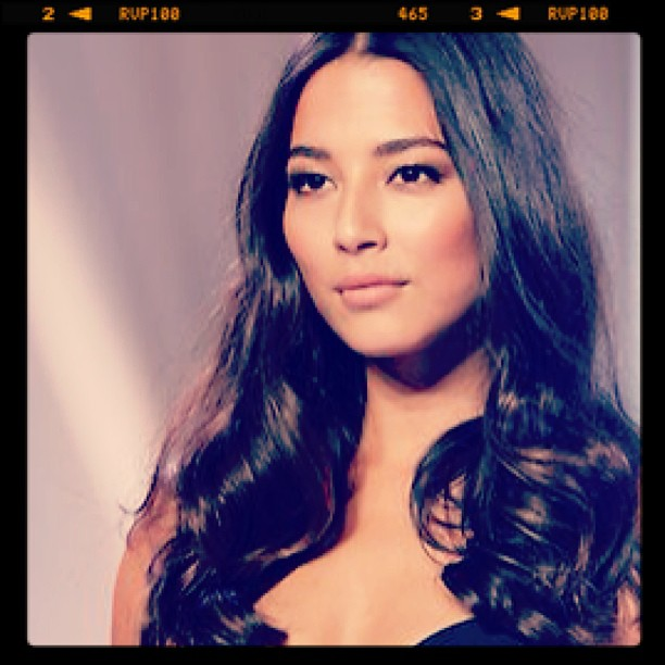 @iamjessicagomes: Huge thankyou to Renya @valonzhaircutters & @sarahtammer for my hair & make up for @davidjonesstore spring/summer launch.
