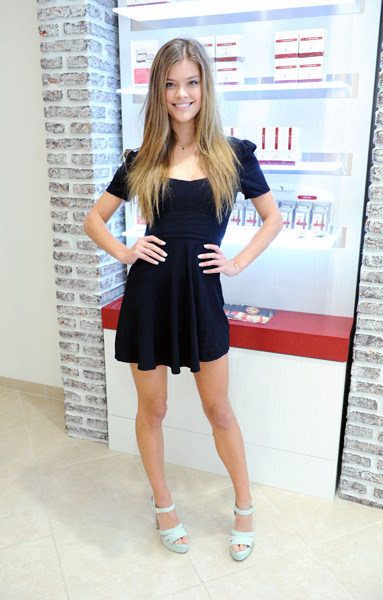 Nina Agdal at European Wax Center for The Natural Brow Powder Launch :: Craig Barritt/Getty Images