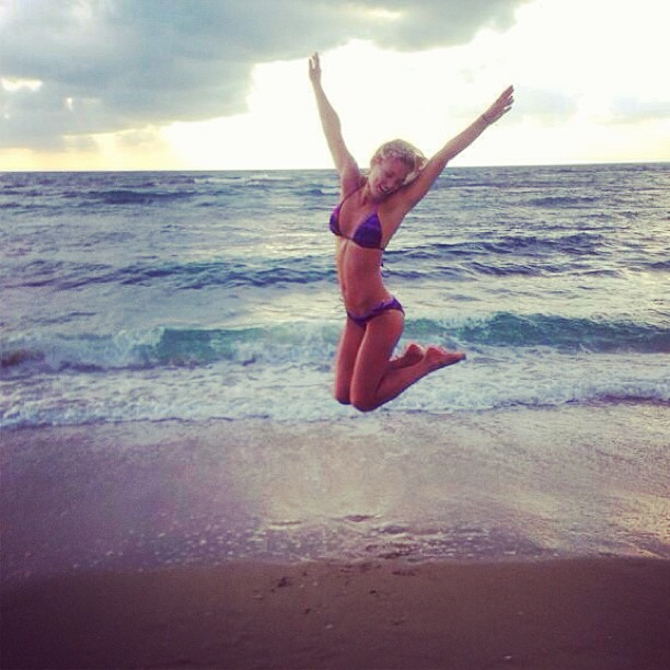 @barrefaeli: I've got that summer time, summer time HAPPINESS