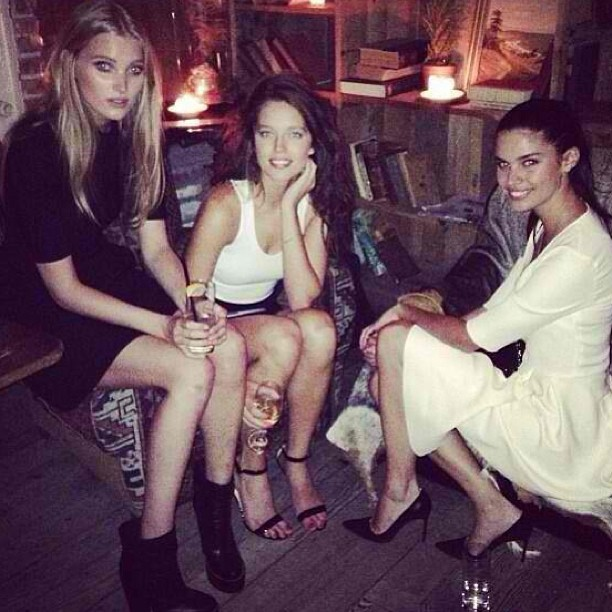 @emilydidonato1: Cute girls and a cute dinner at Freeman's for @modelinia @sarasampaio @hoskelsa @eli_miz