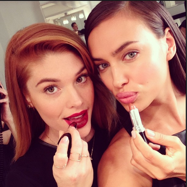 @irinashayk: With @lauren_andersen @avoninsider backstage for @elizandjames #nyfw