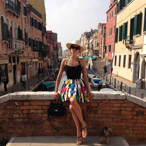 @1jessicahart: @theadventuresoffloyd and I in Venice .. #nofilter photo cred: #mamaHart