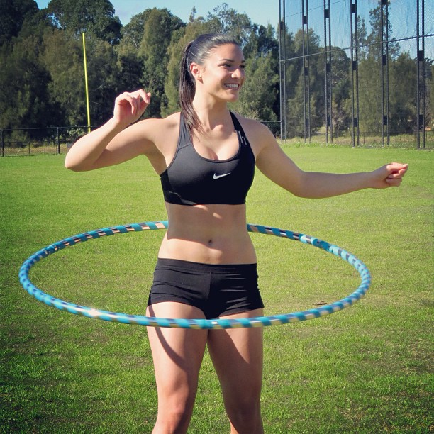 @mjenneke93: Thanks to @hoopnotica for hooking me up with some travel hoops! How do you mix up your training sessions for a bit of fun? #itsallinthehips #hoopnotica #training