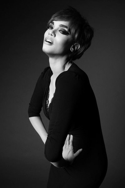 Tyra as Linda Evangelista