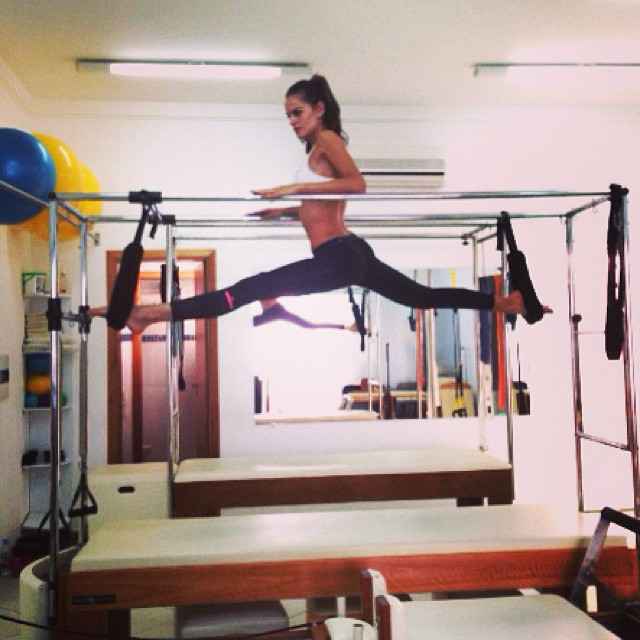 @iza_goulart: Bom dia!!! Good Morning!!! #motivation #motivacao #pilates #alongamento #core #stretch #workout #body #fit #healthy #mylifestyle