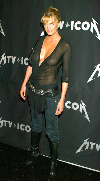Kylie Bax attends a MTV celebration of Metallica in May 2003. (Jeffrey Mayer/WireImage)