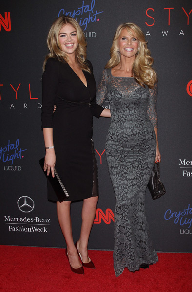 Kate Upton and Christie Brinkley :: Getty Images