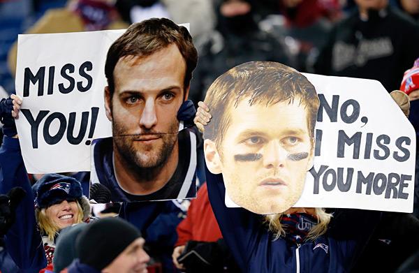 Denver Broncos vs. New England Patriots :: Jim Rogash/Getty Images