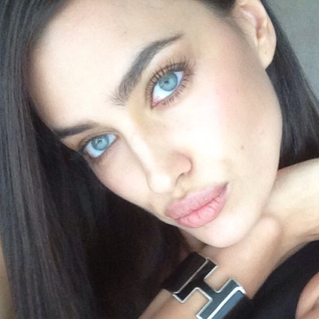 @irinashayk: #SIFW here I come! Getting ready for my interviews !so much fun in #Mumbai #spon#nofilter