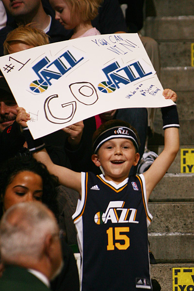 Utah Jazz vs. New Orleans Pelicans :: Melissa Majchrzak/NBAE via Getty Images