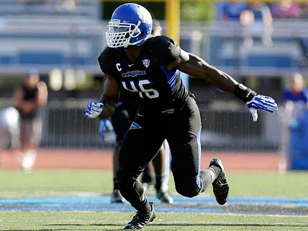 best sneakers 1da16 e4a11 Anything but ordinary: Buffalo senior linebacker Khalil ...