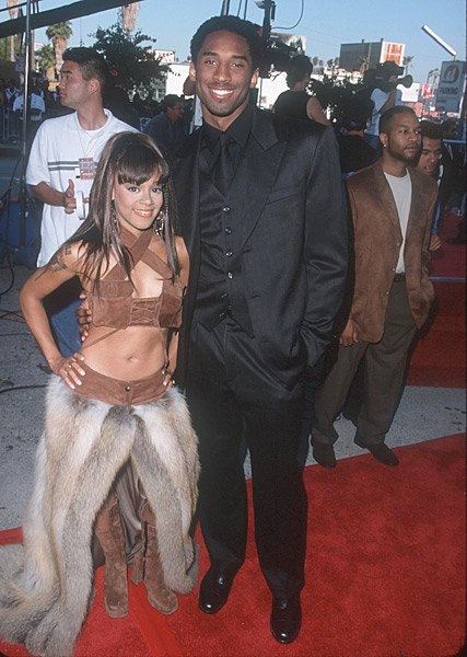 "Kobe Bryant and Lisa ""Left Eye"" Lopes at the 1999 Source Awards (1999) :: SGranitz/WireImage"