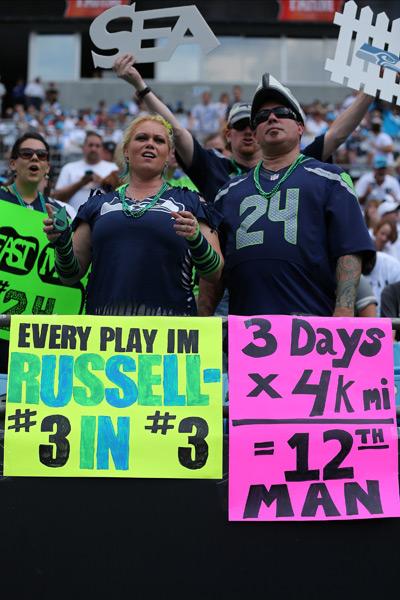 Seahawks fans :: Joshua Weisberg/Icon SMI
