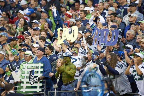 Seahawks fans :: Rod Mar/SI