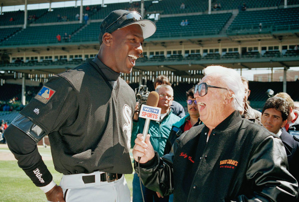 Harry Caray and Michael Jordan :: AP