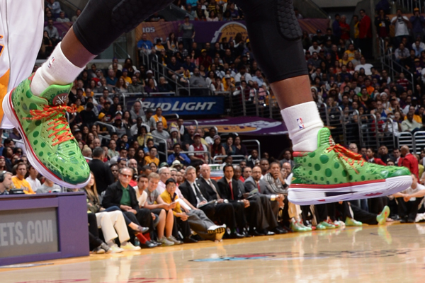 Dwyane Wade, Heat: Li-Ning. (Andrew D. Bernstein/Getty Images)