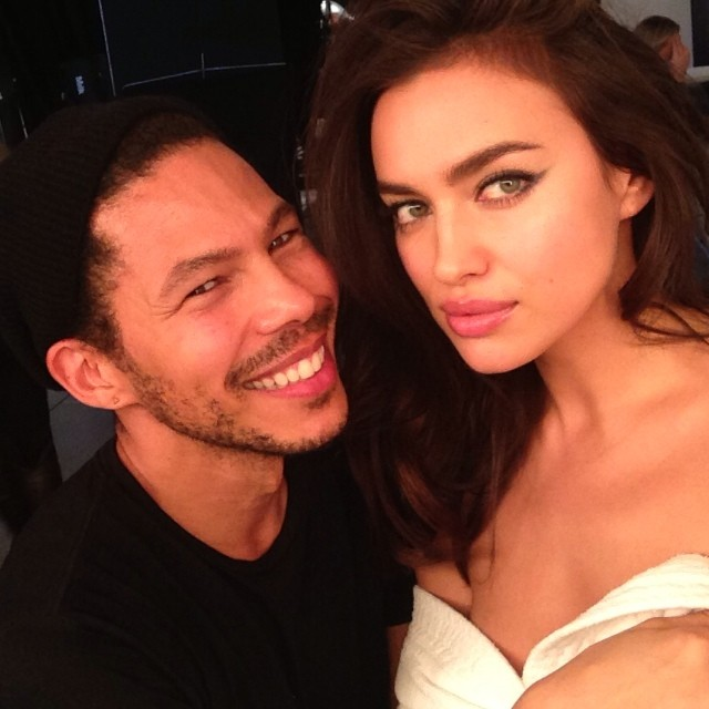 @irinashayk: @tyron111 serving a fab make up todayit's all about#nofilter @avoninsider