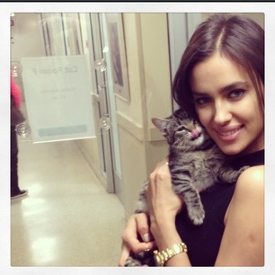 @irinashayk Can't stop have to post this ! Today My visit to @aspca was very difficult to see all those animals searching for home!!! #kissing#kitten#adopt#helpanimals#aspca